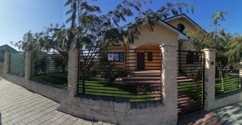 Casa ta cu garaj si toate dotarile noi noute la 2 pasi de plaja Tuzla