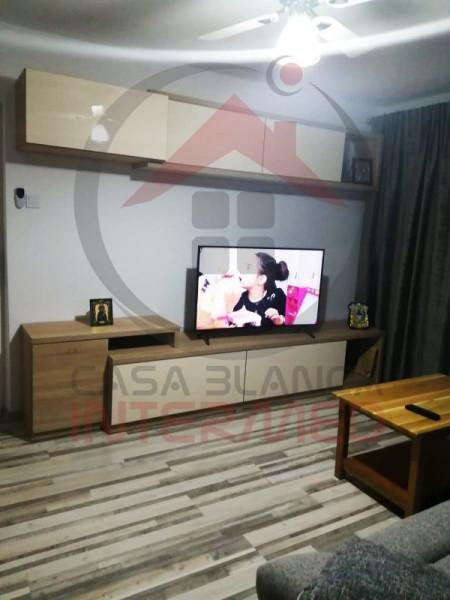 Apartament 4 camere de vânzare în Năvodari