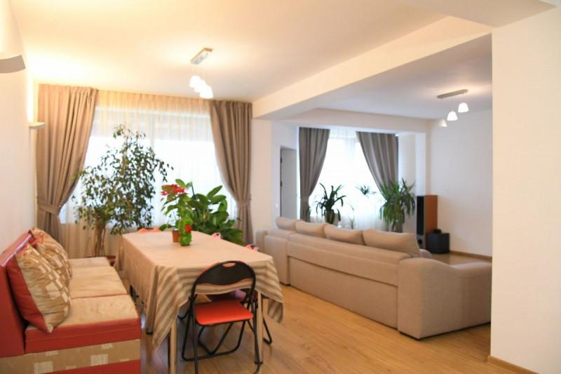 Ovidiu – Semicentral - Vila P+1 tip duplex pentru 2 familii
