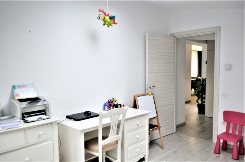 Apartament 4 camere lux in zona Tomis Plus